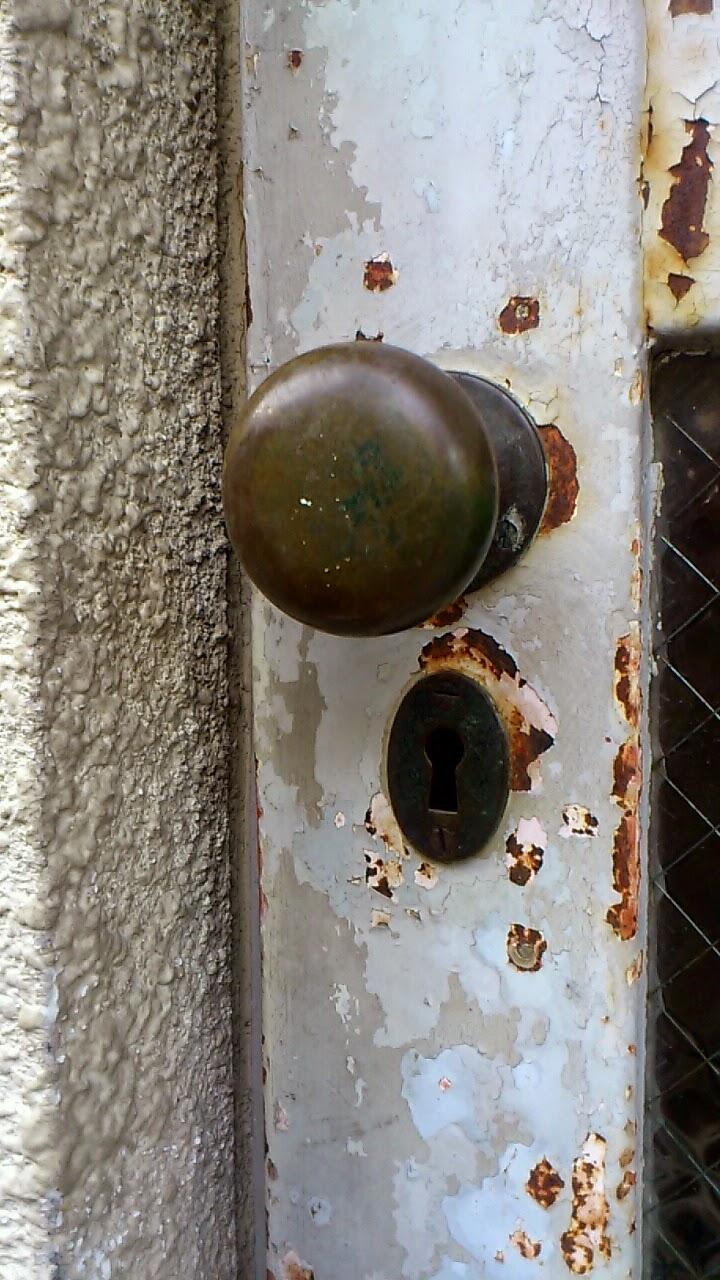前方後円墳型の鍵穴です。