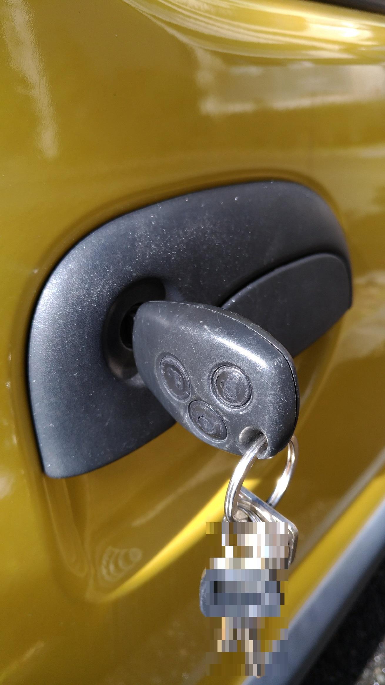 解錠後にお客様の鍵で動作確認していただきます。