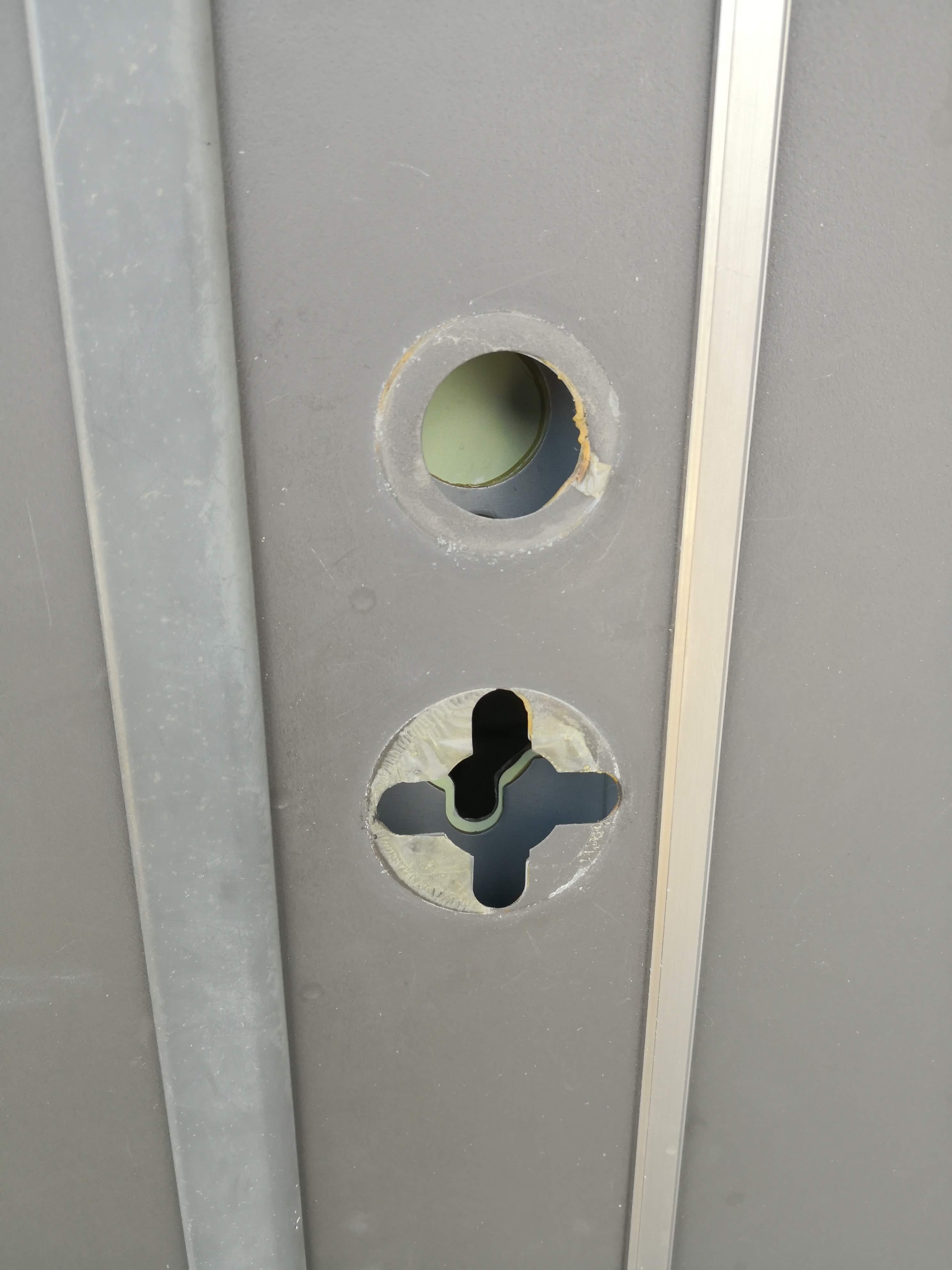 ドア正面から