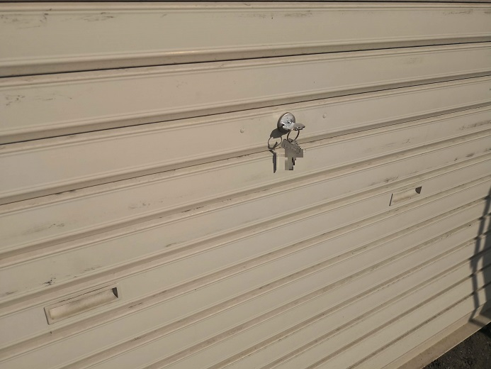 錠前一個につき同一キーが2本なので計4本になります。