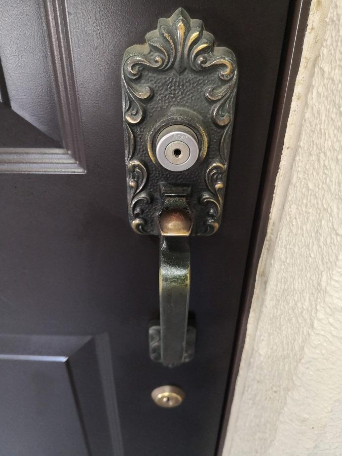 室外側サムラッチ装飾錠