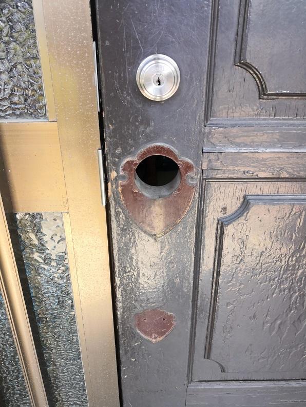 サムラッチ空錠の幅が一般的な物より広いです。