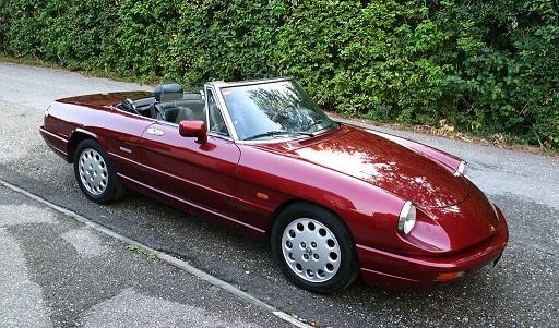 Alfa Romeo Spider アルファ ロメオ スパイダー 最終型  画像はWikipediaより引用