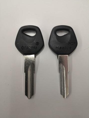 豪爵(Haojue)中国スズキ用ブランクキー逆溝タイプもあります。